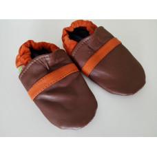 Hnědo-oranžové capáčky kožené